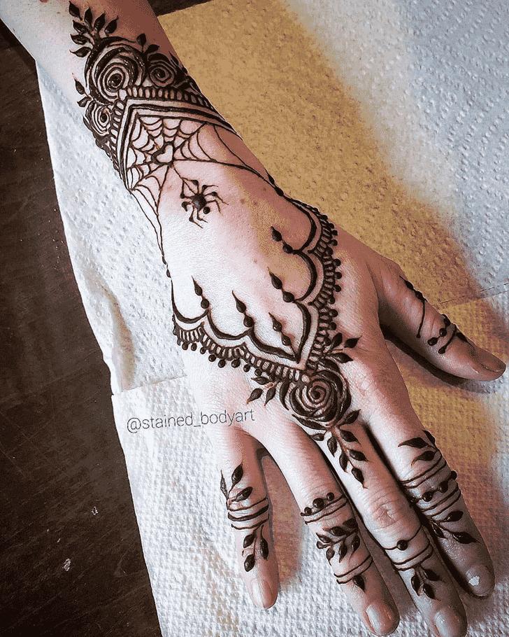 Grand Spider Henna design
