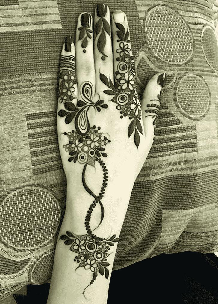 Beauteous Stockholm Henna Design