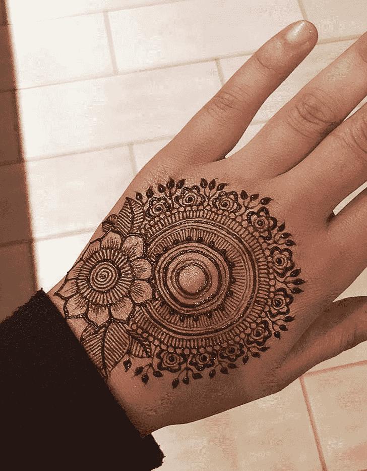 Charming Stockholm Henna Design
