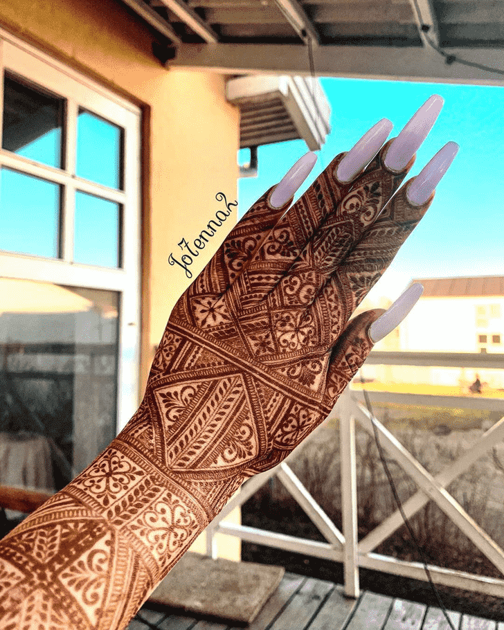Captivating Stunning Henna design