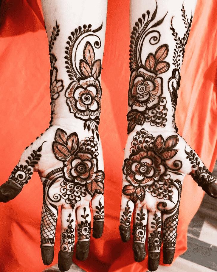 Admirable Stylish Mehndi Design