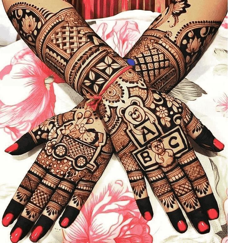 Alluring Stylish Henna Design