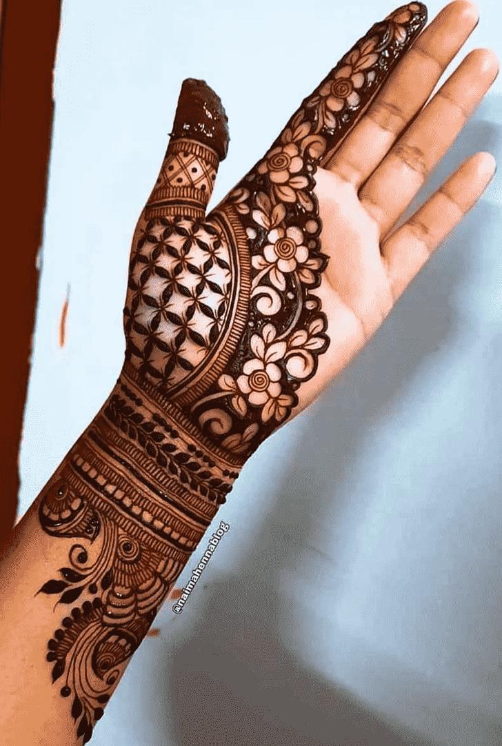 Appealing Stylish Henna Design