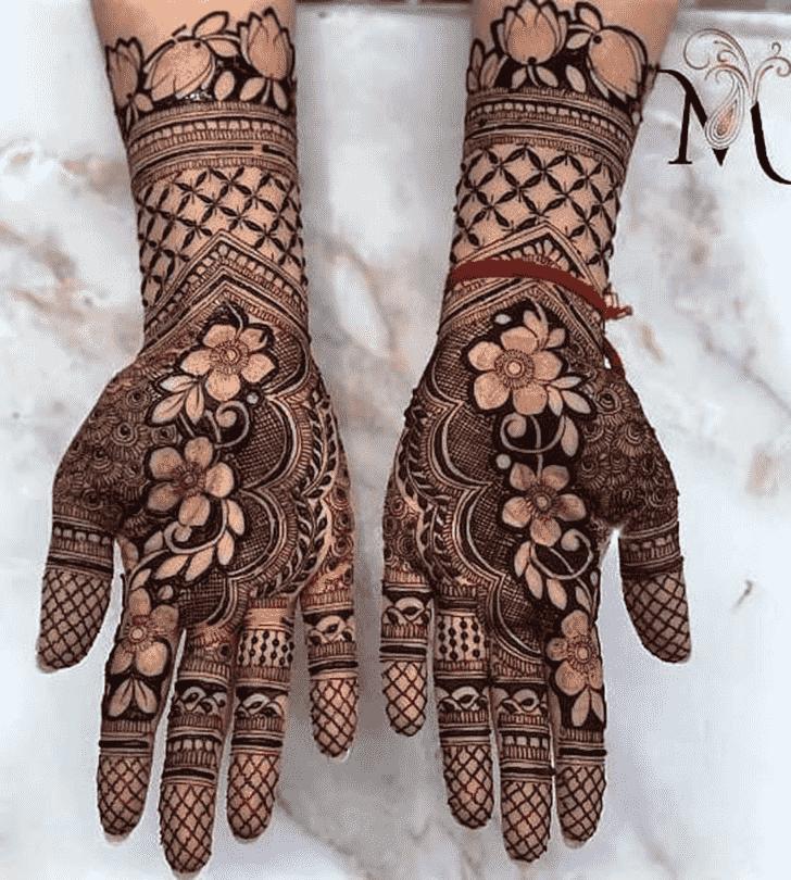 Bewitching Stylish Henna Design