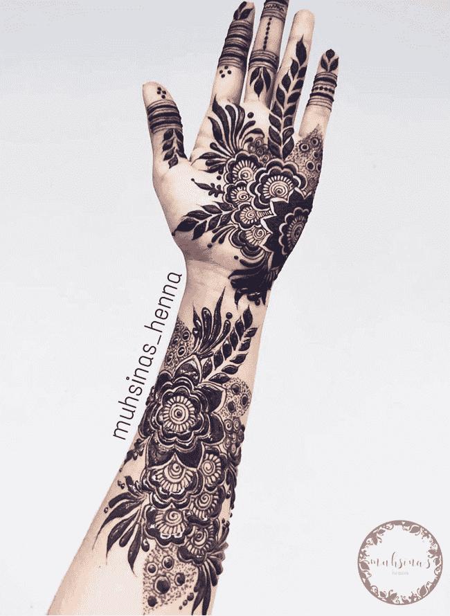 Bewitching Sukkur Henna Design
