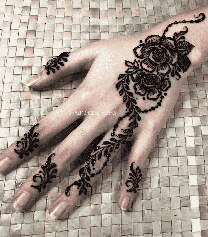 Beauteous Surat Henna Design
