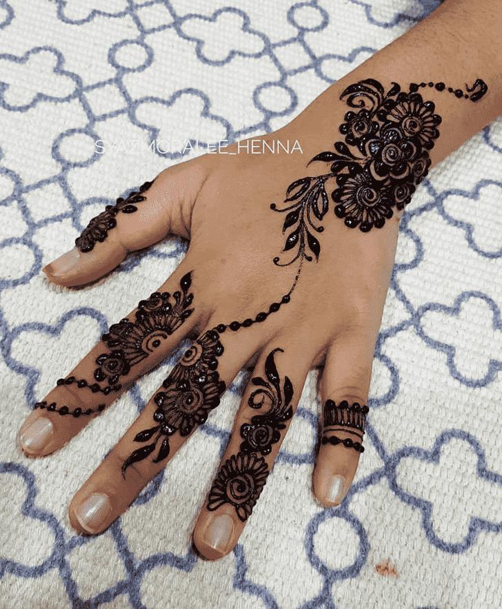 Charming Surat Henna Design