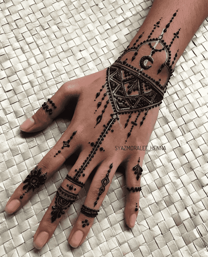 Awesome Surat Henna Design