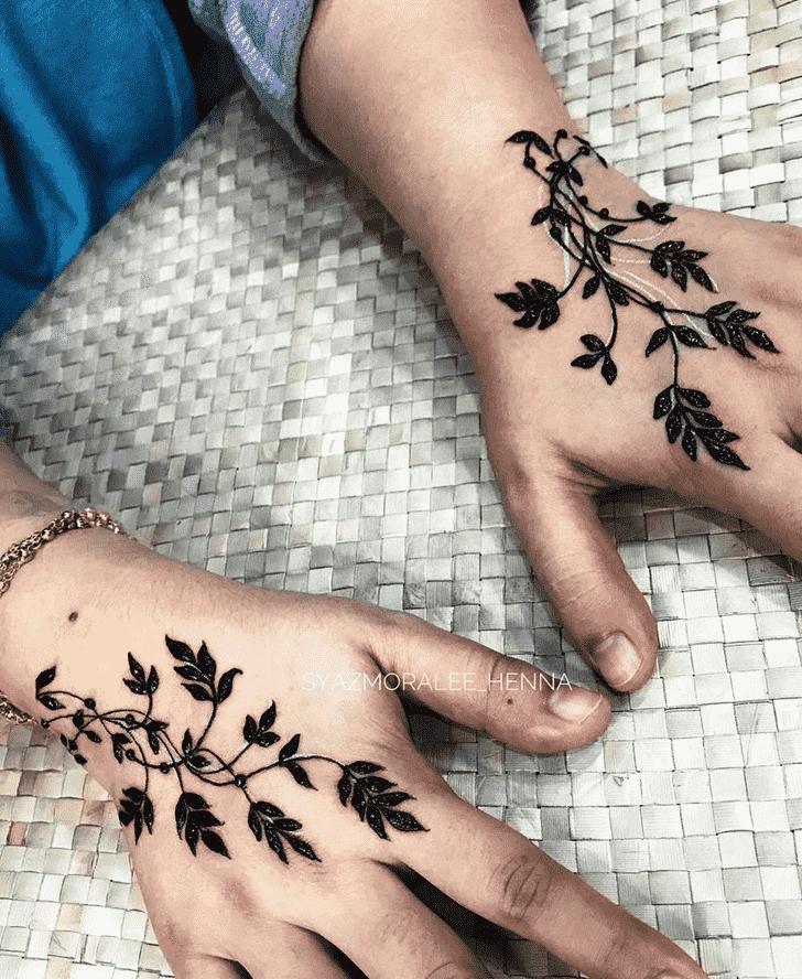 Marvelous Surat Henna Design