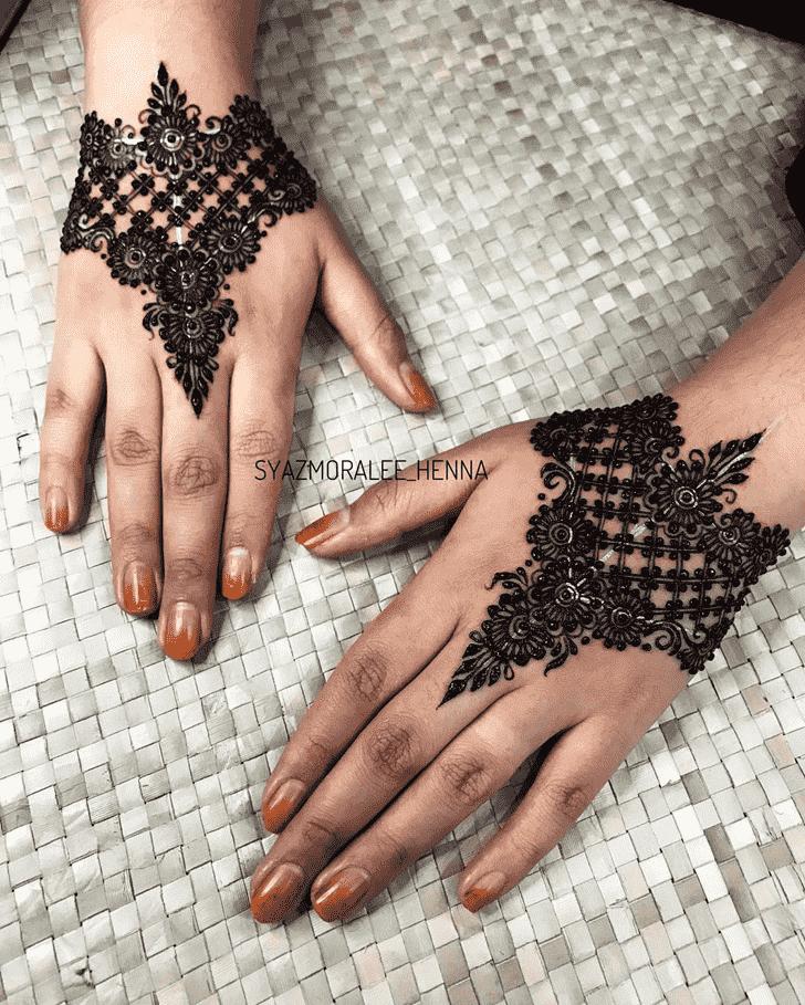Resplendent Surat Henna Design