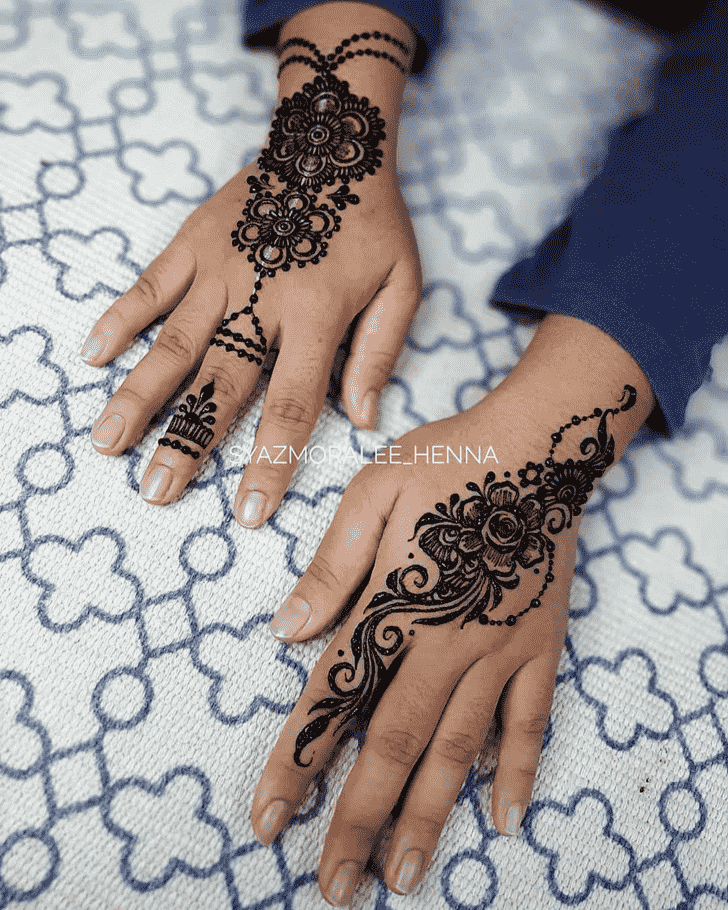 Stunning Surat Henna Design
