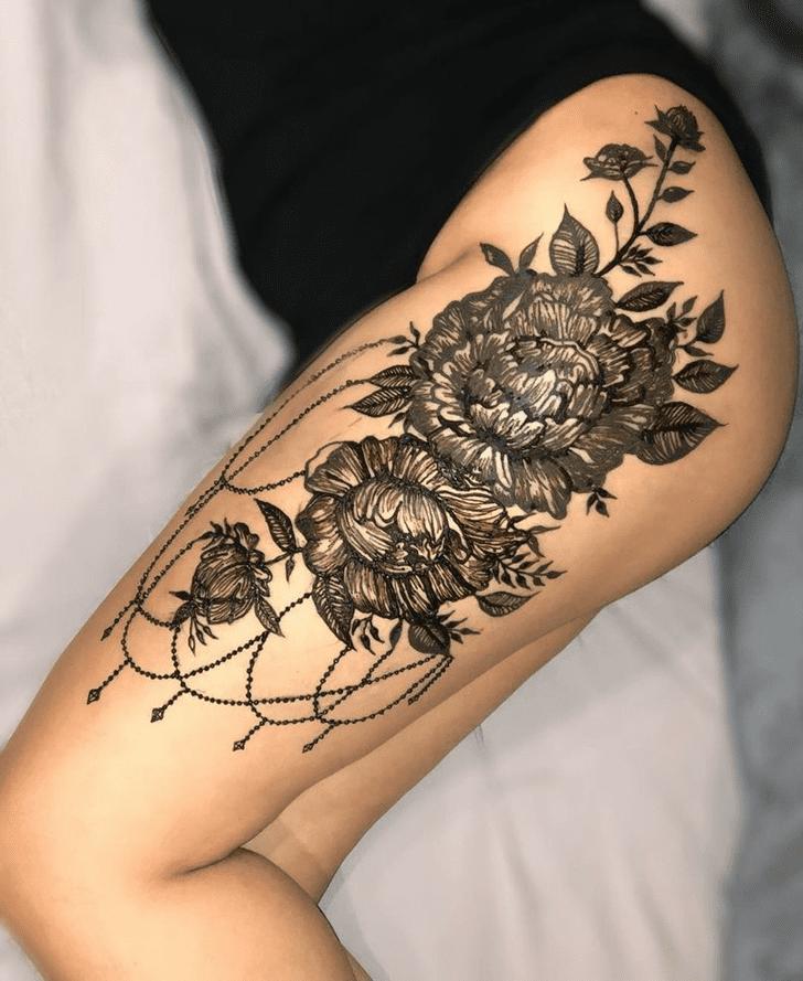 Delightful Thigh Henna Design