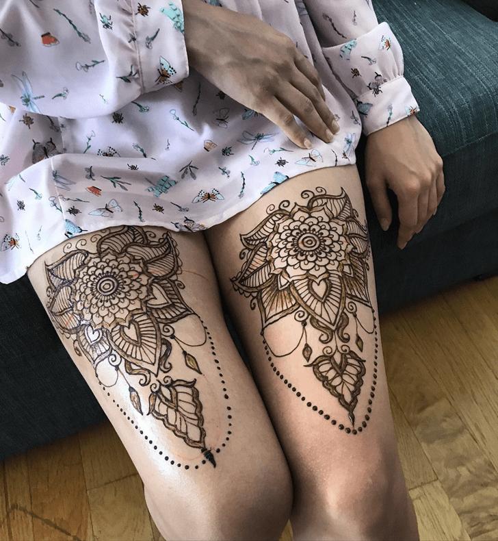 Fair Thigh Henna Design