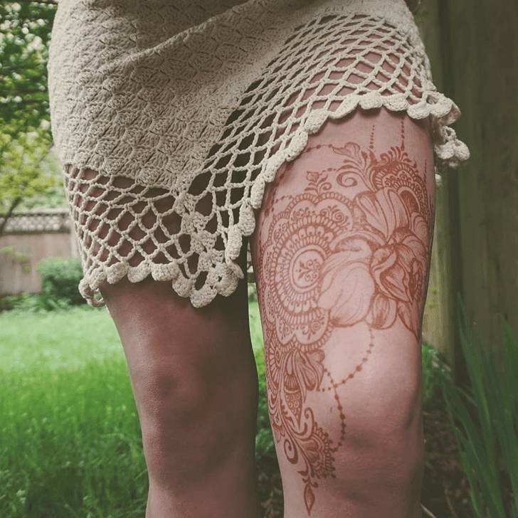 Sublime Thigh Henna Design