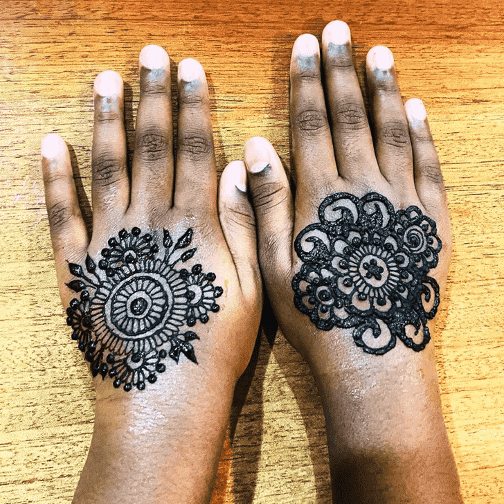 Appealing Tikki Henna Design