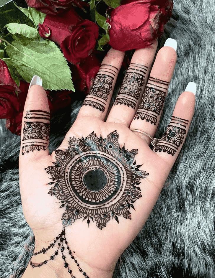Bewitching Tikki Henna Design