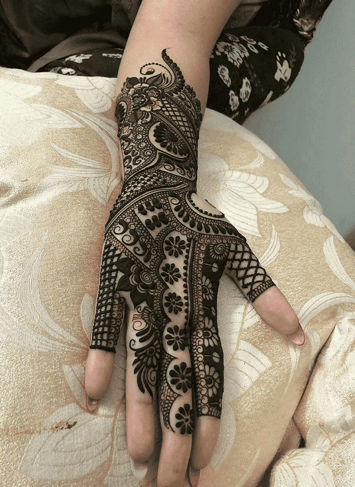 Alluring Tiruchirappalli Henna Design