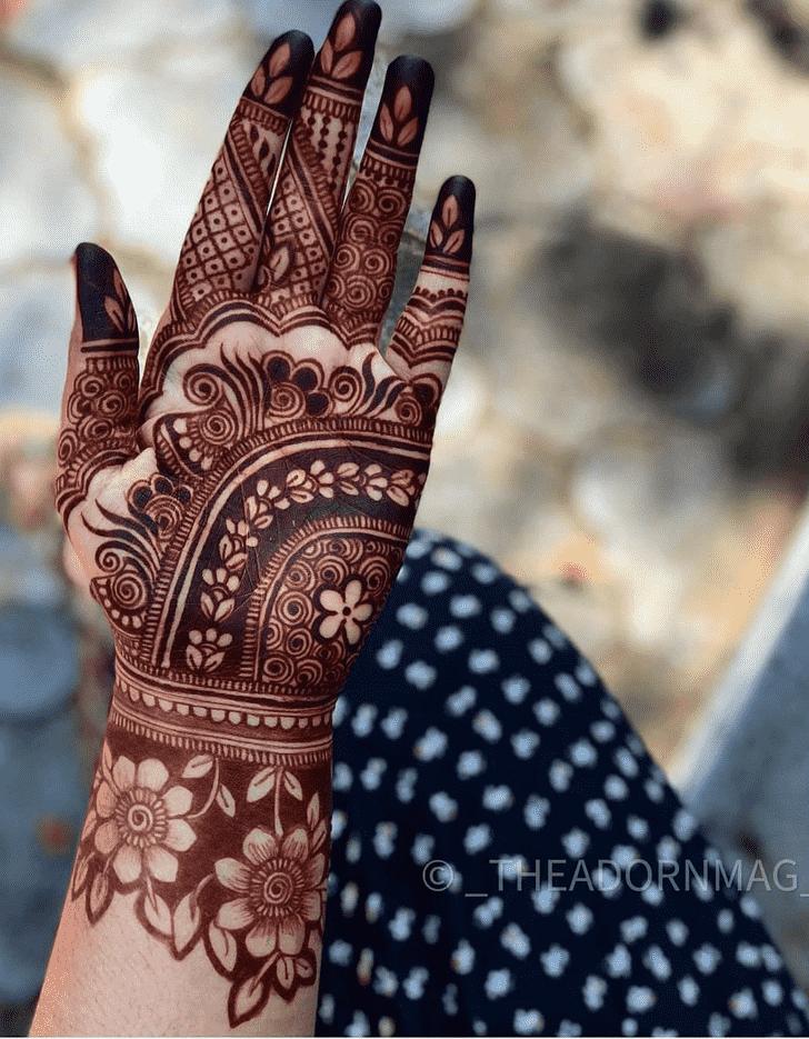 Appealing Tiruchirappalli Henna Design
