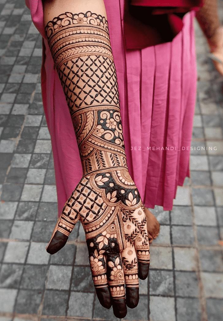 Beauteous Tiruchirappalli Henna Design