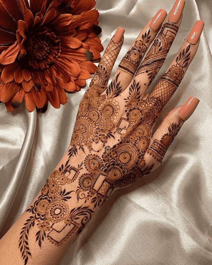 Gorgeous Tiruchirappalli Henna Design