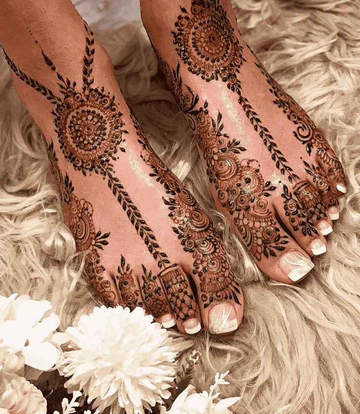 Enthralling Tokyo Henna Design