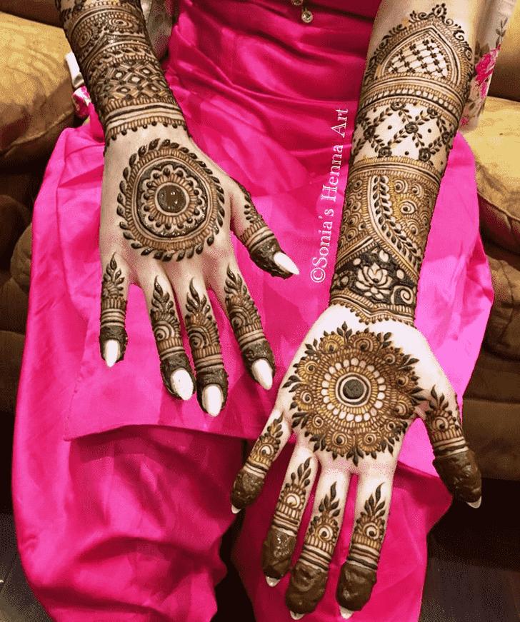 Beauteous Turkish Henna design