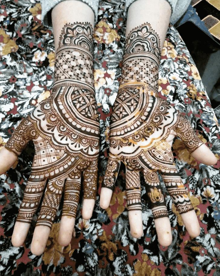 Charming Udaipur Henna Design