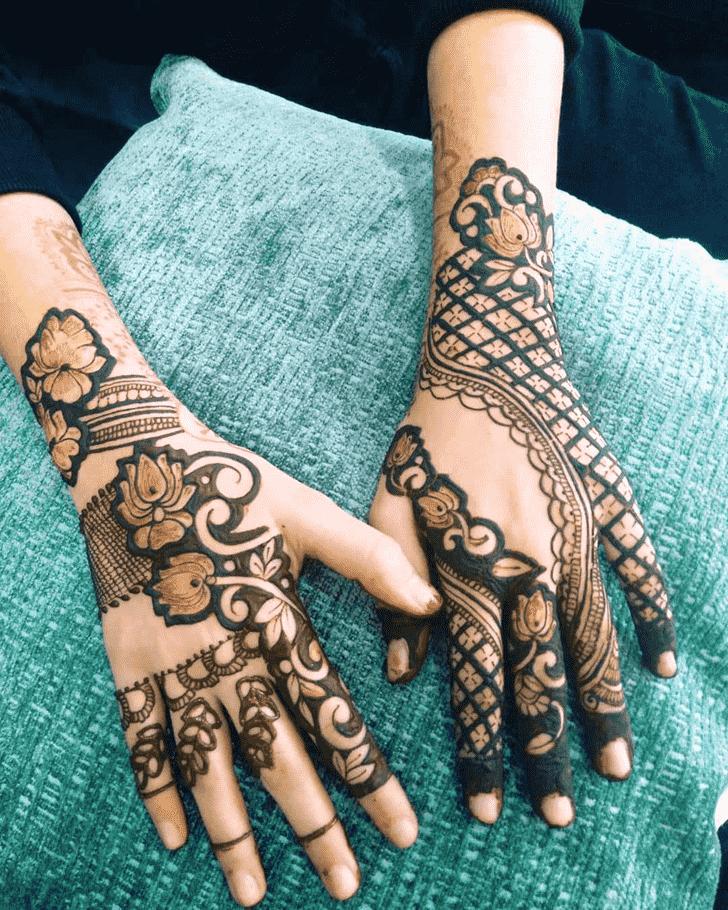 Classy Udaipur Henna Design