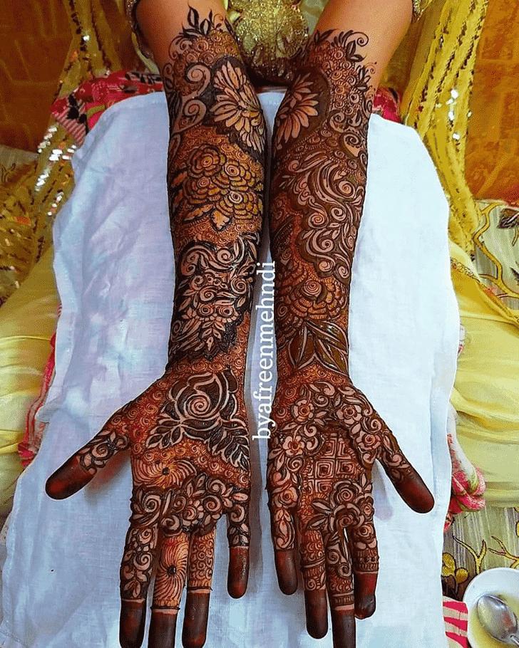 Alluring Unique Henna Design