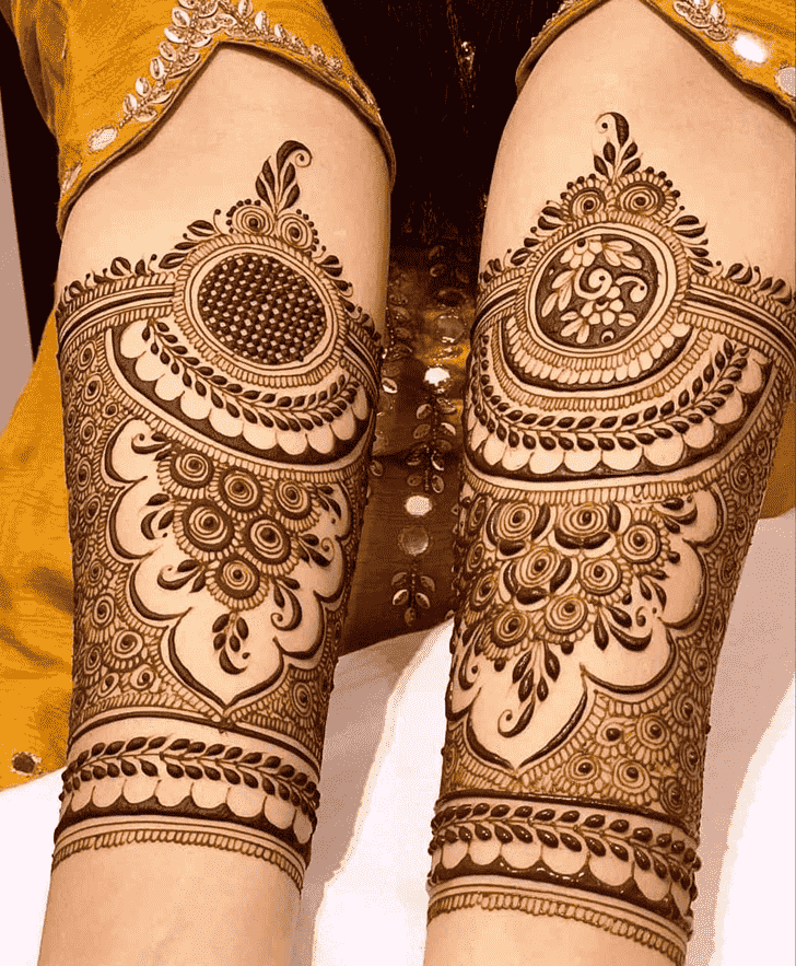 Enticing Unique Henna Design