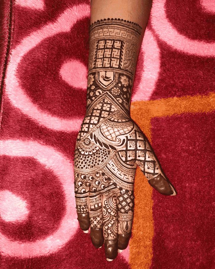 Graceful Unique Henna Design