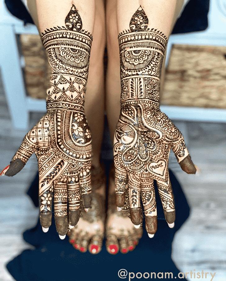 Lovely Unique Mehndi Design
