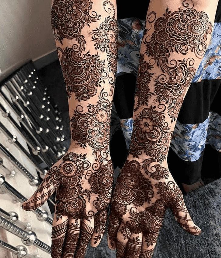 Alluring Valentines Day Henna Design