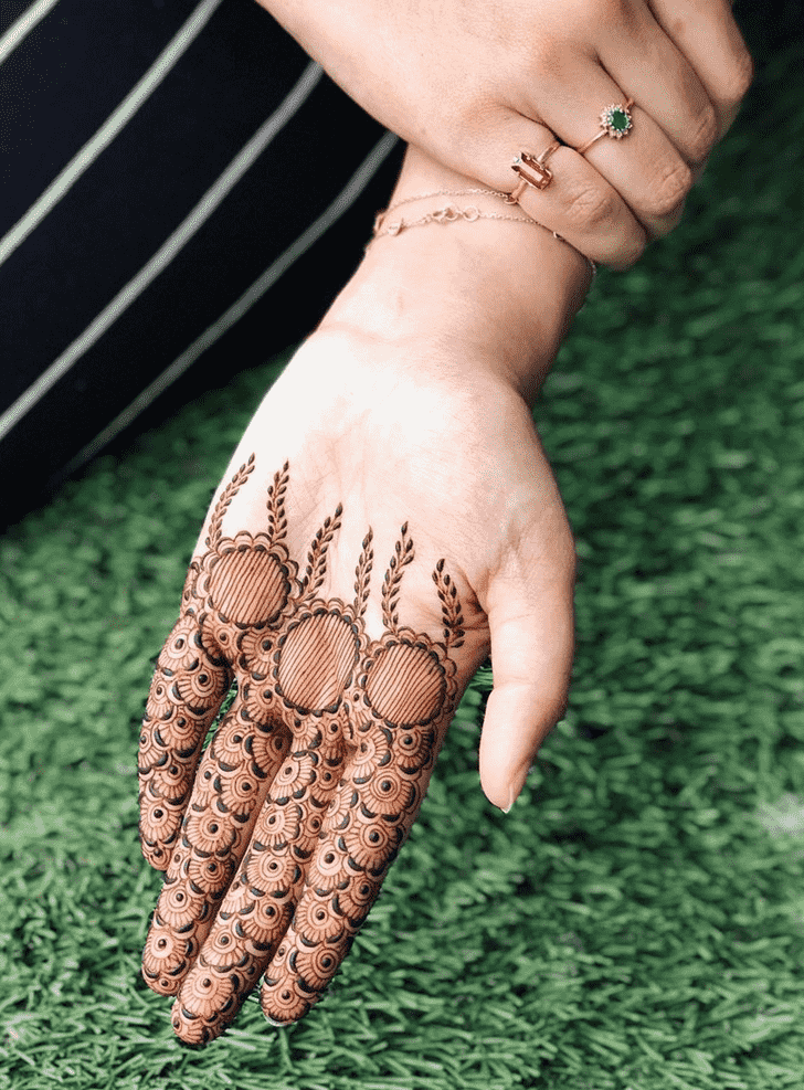 Bewitching Valentines Day Henna Design
