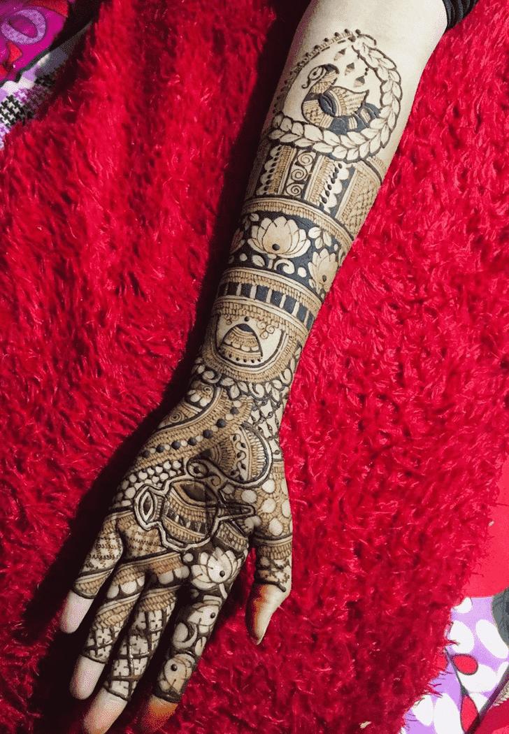 Classy Valentines Day Henna Design