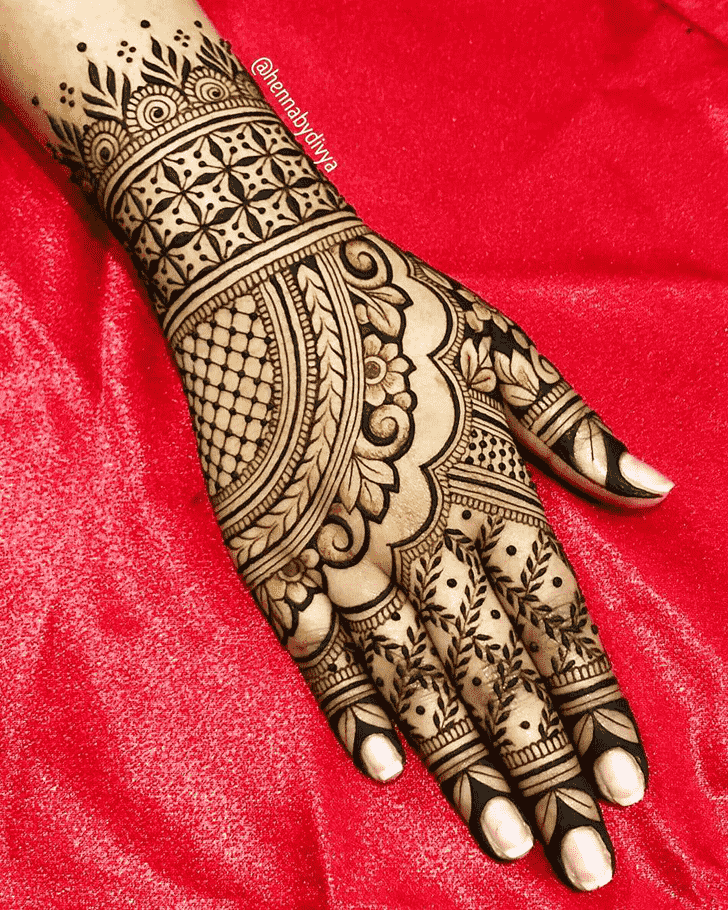 Classy Vancouver Henna Design