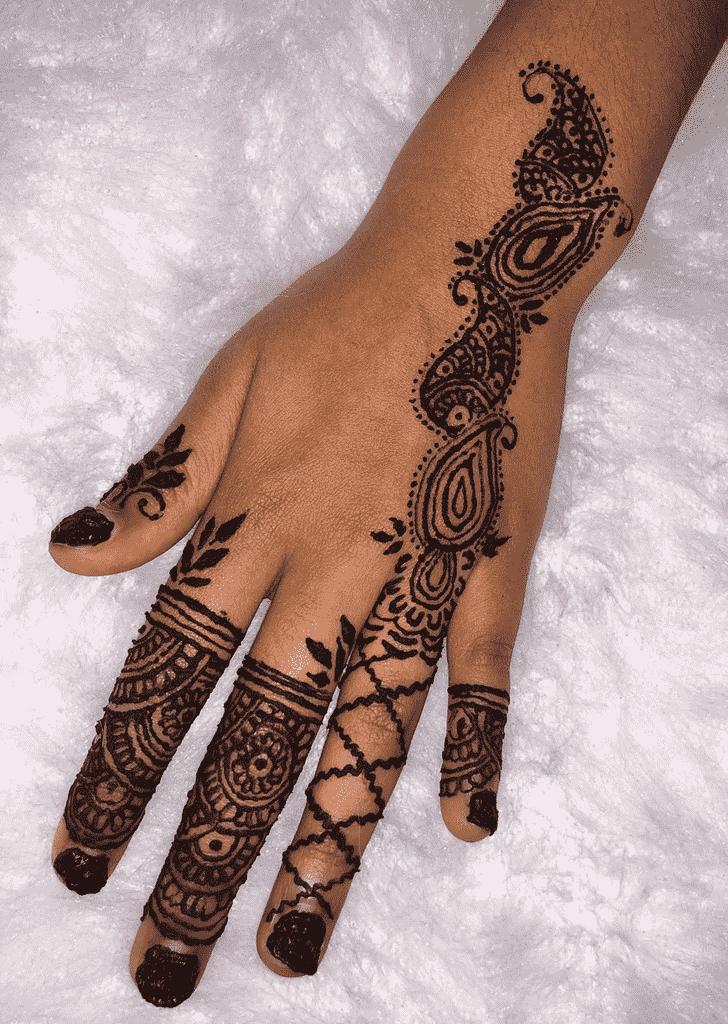 Captivating Varanasi Henna Design