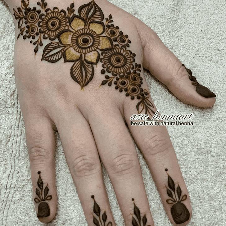 Admirable Vat Purnima Mehndi Design