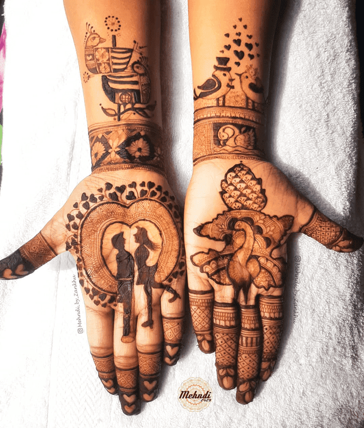 Excellent Vat Purnima Henna Design