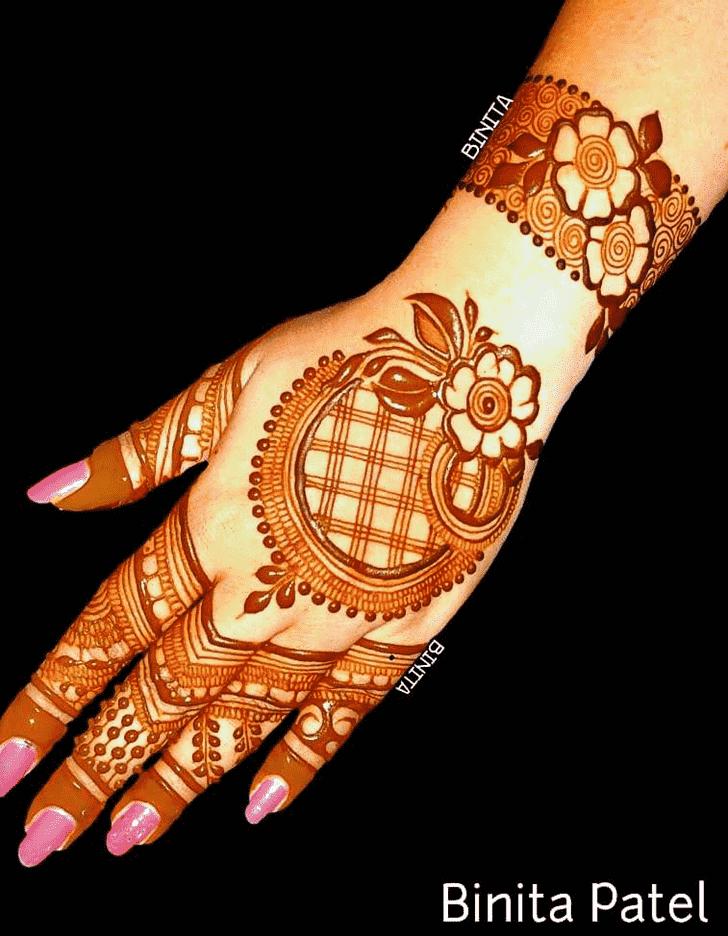 Beauteous Vienna Henna Design