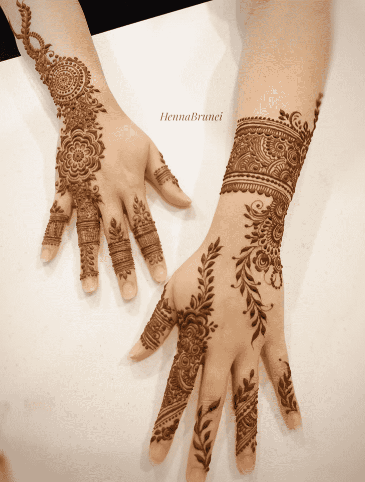 Captivating Vijaya Ekadashi Henna Design