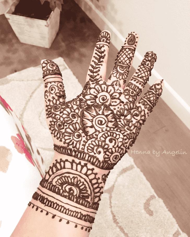 Classy Vijaya Ekadashi Henna Design