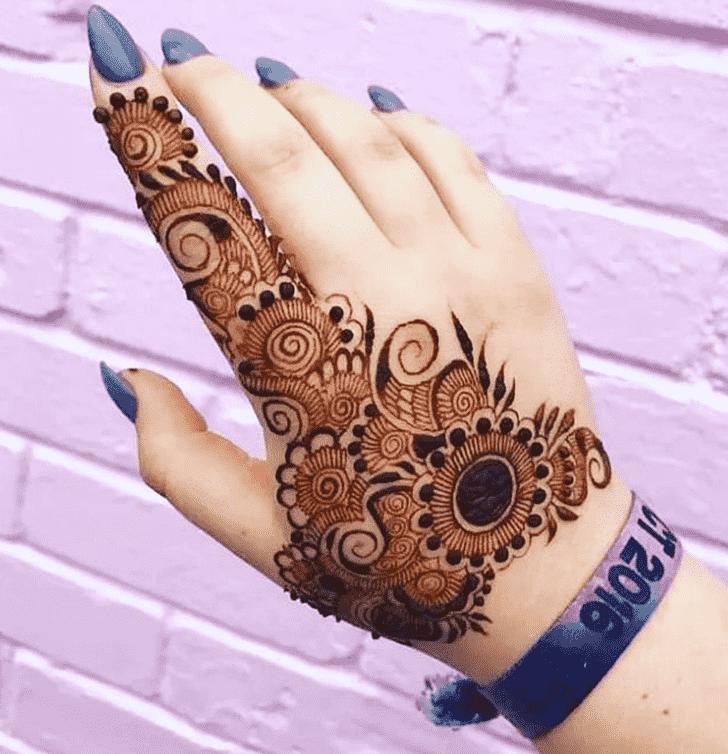 Beauteous Vijayawada Henna Design