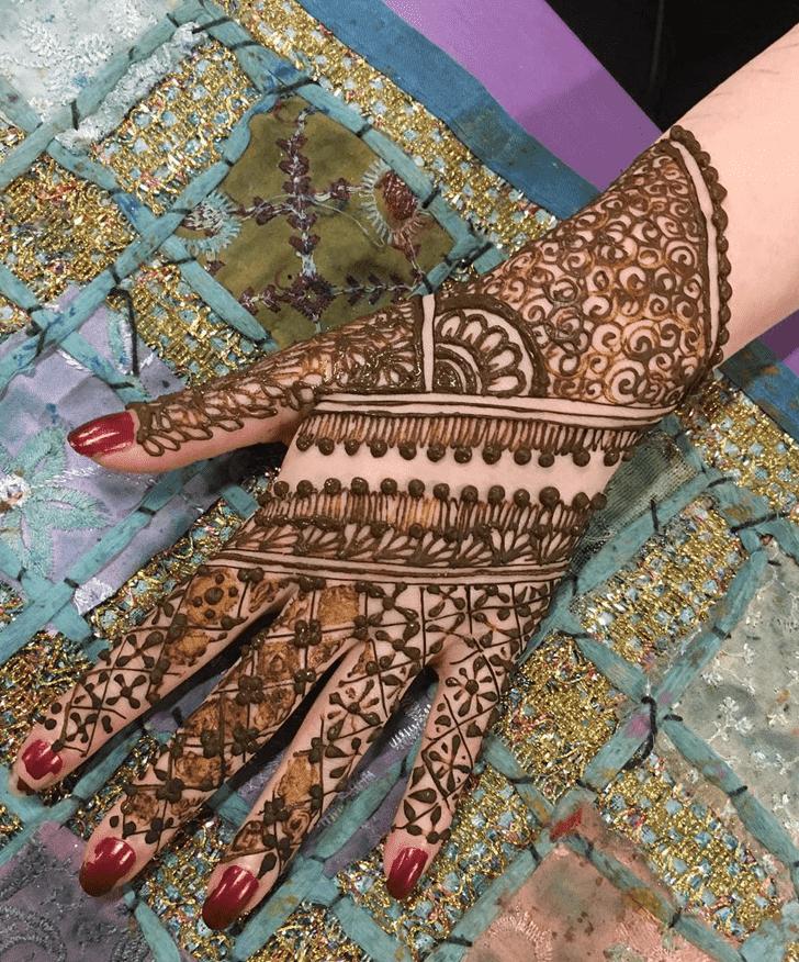 Bewitching Western Henna Design