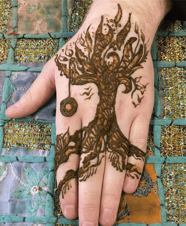 Charming Western Henna Design