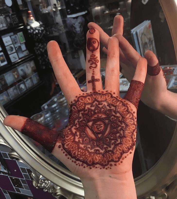 Delightful Western Henna Design