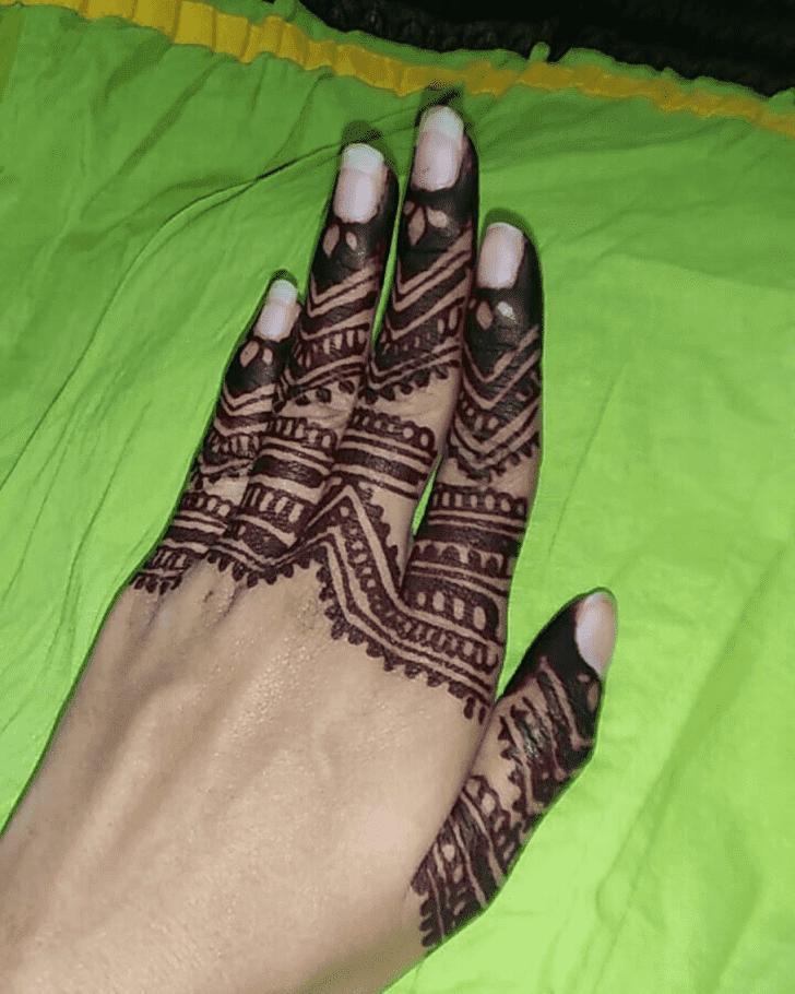 Divine Western Henna Design