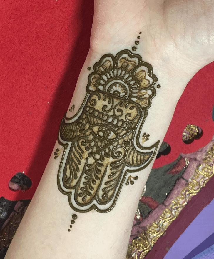 Nice Western Henna Design