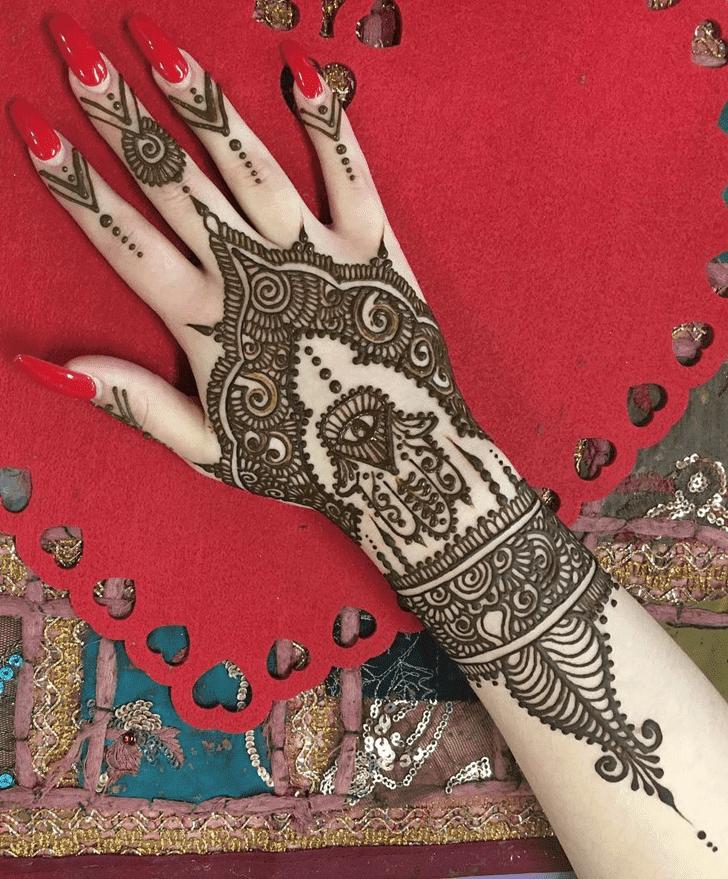 Pretty Western Henna Design