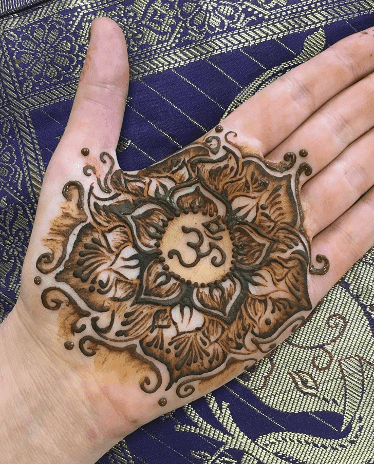 Ravishing Western Henna Design